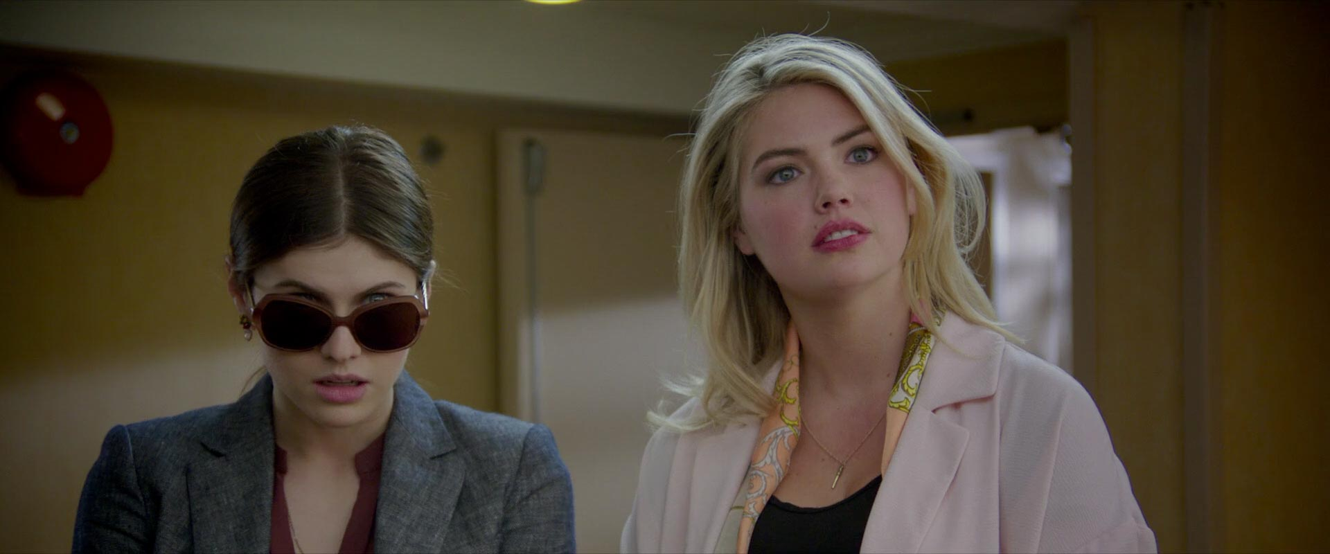 The Layover - Alexandra Daddario & Kate Upton