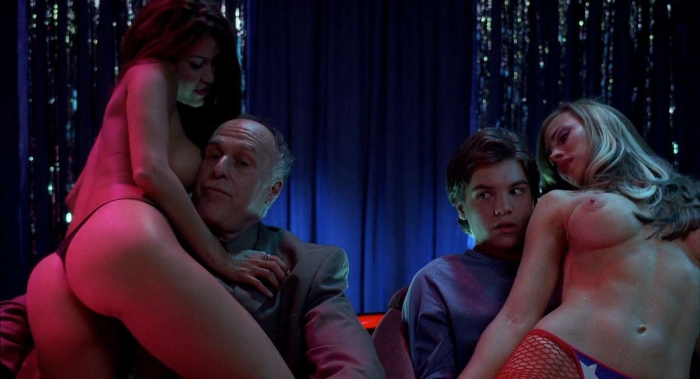 Emile Hirsch in a strip club in The Girl Next Door